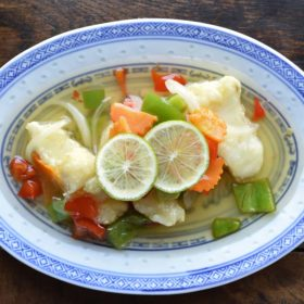 Plats chinois à domicile poisson